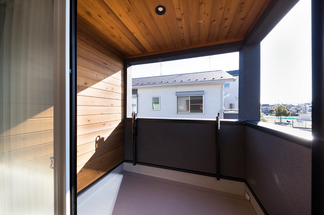 ゼロキューブシンプルスタイル・寝室バルコニー